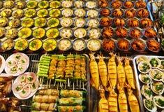 Marché Phuquoc de nuit de fruits de mer de Streetfood photographie stock