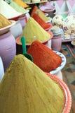 Marché traditionnel d'épices au Maroc Afrique Images libres de droits
