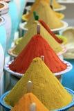 Marché traditionnel d'épices au Maroc Afrique Image libre de droits