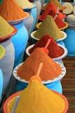 Marché traditionnel d'épices au Maroc Afrique Photographie stock libre de droits