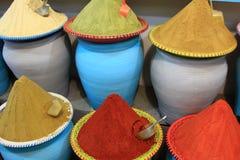 Marché traditionnel d'épices au Maroc Afrique Photographie stock