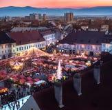 Marché traditionnel de Noël du centre historique de Sibiu, RO photo stock
