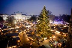 Marché traditionnel 2016, vue aérienne de Noël de Vienne image stock