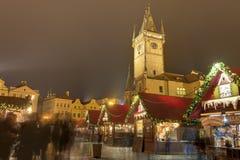 Marchés traditionnels de Noël à la vieille place à Prague, République Tchèque Photo libre de droits