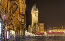 Marchés traditionnels de Noël à la vieille place de villes à Prague, République Tchèque Photo libre de droits