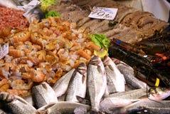 Marché de poissons frais Photo stock