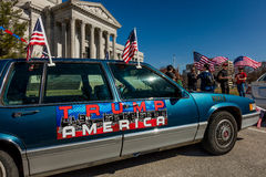 MARCH 4, 2017 - JEFFERSON CITY - TRUMP AMERICA CAR SIGN shows President Trump Supporters At Rally, Jefferson City, State Capitol o stock photo
