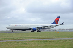 March, 27th 2015, Amsterdam Schiphol Airport N819NW Delta Air Li Stock Images