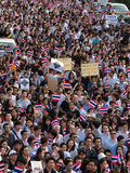 March to against amnesty law. BANGKOK - NOVEMBER 5: Current students and alumni of Chulalongkorn University march from front of university to Bangkok art and Royalty Free Stock Images