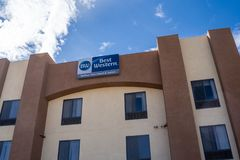Yucca Valley, CA: Exterior view of a Best Western Joshua Tree Inn and Suites hotel in the California desert. Exterior view of a Best Western Joshua Tree Inn and stock photography