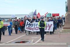 Marcha anti de la austeridad, Hastings Fotografía de archivo libre de regalías