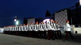 Marcha contingente da guardar--honra do comando perto Imagem de Stock