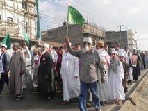 Marcha de los musulmanes en las calles de Nairobi Fotografía de archivo