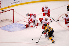 Marchand tiene una red vacía (el hockey del NHL) Fotos de archivo