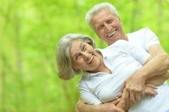 Marche aînée de couples Images stock