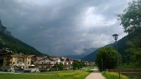 Marche autour de Tre Cime di Trento en été Photo stock