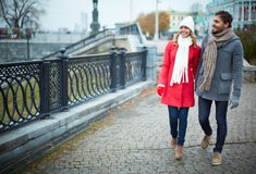 Marche dans la ville Image stock