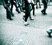 Marche de gens Images stock