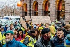 Marche giet het protestdemonstratie van Le Climat maart op Franse stre stock fotografie