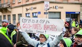 Marche Nalewa Le Climat marszu protesta demonstrację na Francuskim stre fotografia stock
