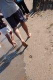 Marche sur la plage Image stock