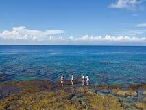 Marche sur le récif image stock