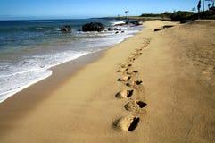 Marchepieds dans le sable images libres de droits
