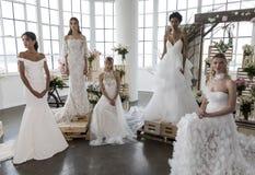 Marchesa Bridal и представление FW2018 Notte Bridal Стоковые Изображения RF