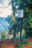 Marchez votre signe de vélo images stock