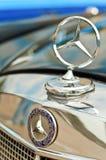 Marchio del benz di Mercedes Immagini Stock
