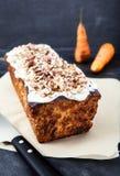 Marchwiany tort z masła kremowym lodowaceniem Obraz Royalty Free