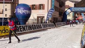 Marcialonga 2017, skiras in het hele land, Fiemme en Fassa-Vallei, Italië stock footage