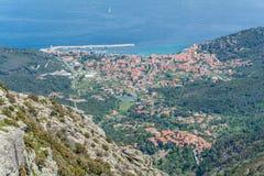 Marciana Marina-Ansicht von der Spitze Capanne-Berges in Elba Island, Toskana, Italien stockbild