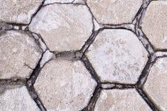 Marciapiede pavimentato mattonelle di esagono fondo, urbano immagine stock