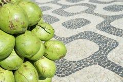 Marciapiede Rio de Janeiro Brazil di Ipanema delle noci di cocco Fotografia Stock