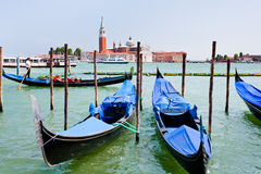 运河长平底船marco圣・威尼斯 免版税库存照片