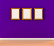 Marco blanco de la foto en la pared Imagen de archivo libre de regalías