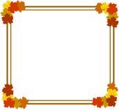 Marco cuadrado con las hojas de arce coloridas Fotos de archivo libres de regalías