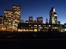Marco da margem de San Francisco - o pulso de disparo T da construção da balsa Imagem de Stock