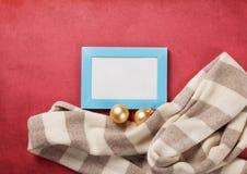 Marco de la bufanda y de la foto Fotografía de archivo libre de regalías