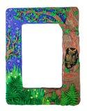 Marco de la foto hecho de bosque hecho a mano hecho a mano del árbol de la arcilla del polímero Foto de archivo libre de regalías