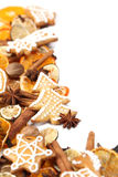 Marco de la Navidad de la galleta y de la especia del pan de jengibre Imágenes de archivo libres de regalías