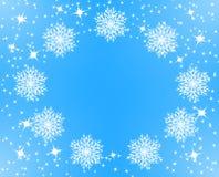 Marco de la Navidad Nevado Estrellas y copos de nieve chispeantes en blanco Decoración de la capa Ejemplo del vector en fondo tra libre illustration