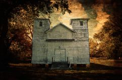 Marco de madera blanco dilapidado Texas Country Church imagen de archivo libre de regalías