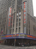 Marco de New York City, auditório de rádio da cidade no centro de Rockefeller Imagens de Stock