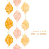 Marco de oro abstracto de la vertical del ogee del vector Fotografía de archivo libre de regalías