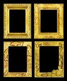 Marco de oro antiguo del sistema 4 aislado en el fondo negro, trayectoria de recortes Imagenes de archivo