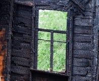 Marco de ventana de madera quemado Fotos de archivo libres de regalías