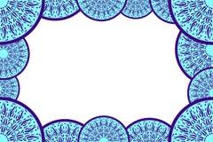 Marco decorativo abstracto azul para las fotografías, tarjetas, invitaciones, folletos Plantilla azul brillante del marco de la f Imagen de archivo