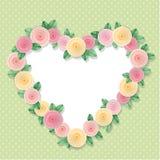 Marco del corazón adornado con las rosas en lunares Con el espacio de la copia para el texto o la foto Diseño elegante lamentable Imagen de archivo libre de regalías